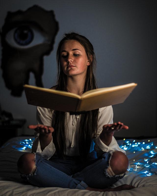 Książki o magii – magiczne lektury